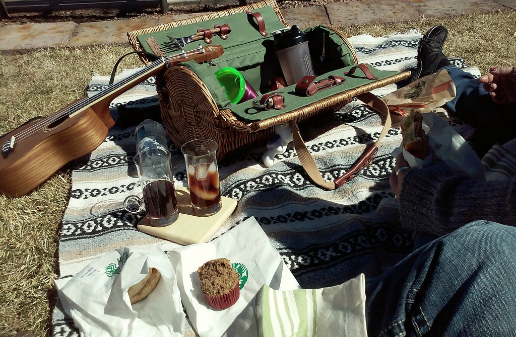 Terra and I had a breakfast picnic :) Food from Starbucks, coffee from home :D #riorancho