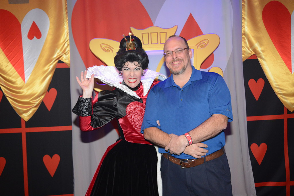 Queen of Hearts Club Villain at Disney's Hollywood Studios in Disney World (266)