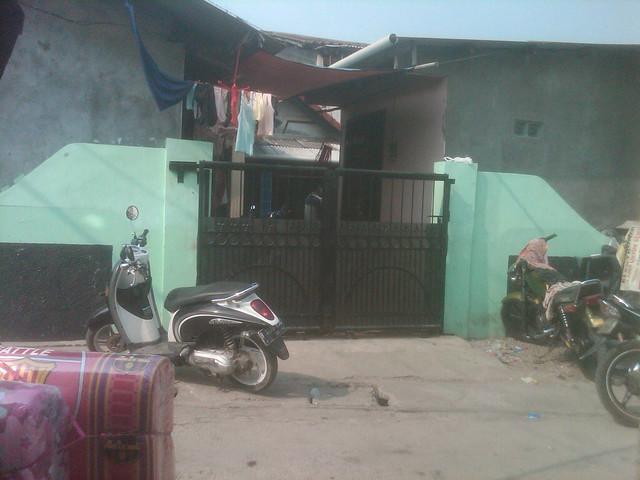 Rumah 2 Lantai Plus 10 Kontrakan Cocok Untuk Investasi Maupun Tempat Tinggal Cengkareng Jakarta Barat Rp 3.75 M