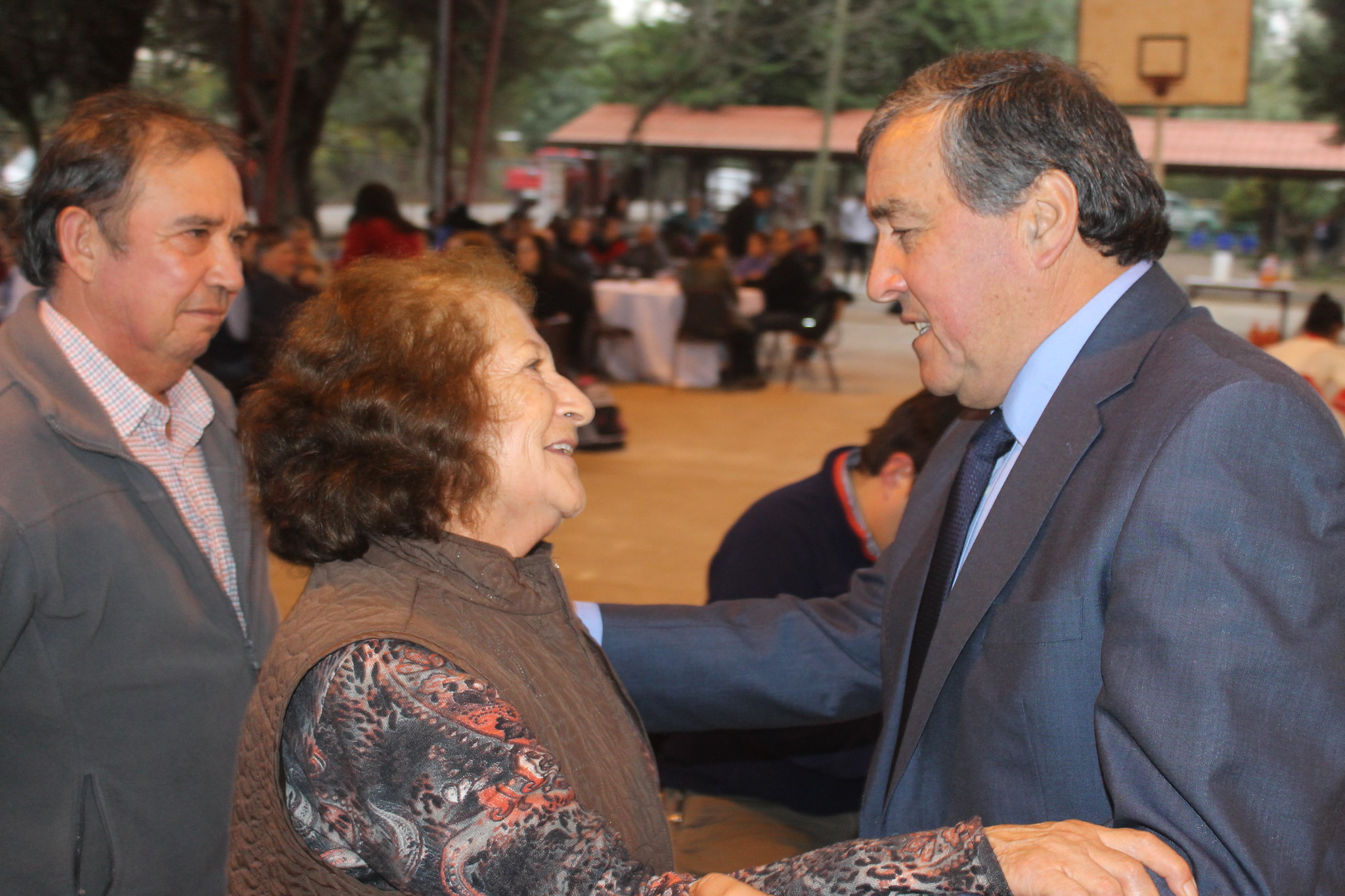 """""""Santiago Gutiérrez"""" 43 años sirviendo a educación y unión de El Manzano"""