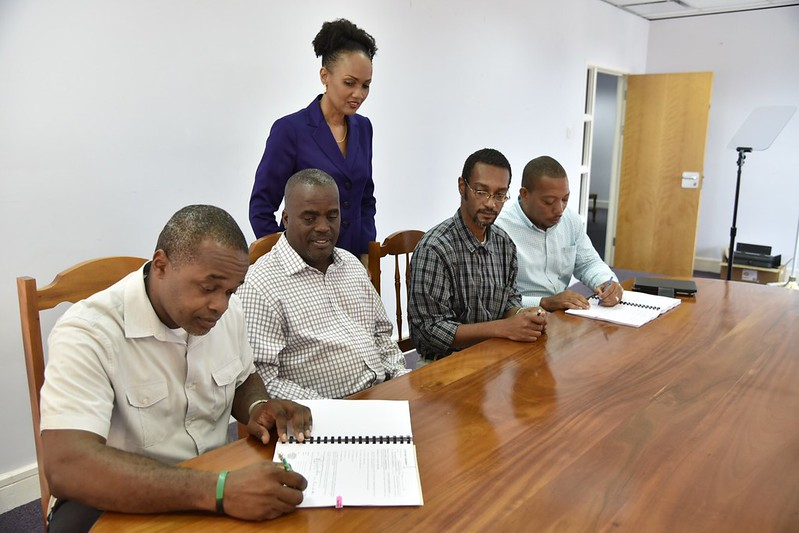 Contract signed for rehabilitation of collapsed road in Dublanc