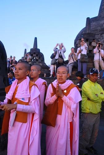 indonesia java buddhism jogja yogyakarta jawa jogya 印尼 日惹 印度尼西亚 爪哇 国际佛教善女人协会 婆罗浮屠佛寺 第十四届国际佛教善女人协会大会 14thsakyadhitainternationalconference
