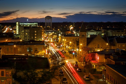 Notley Hawkins Photography, Downtown Columbia Missouri, Walnut Steet, architecture, long exposure, light trails