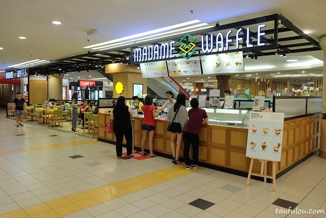 Madame Waffle (1)