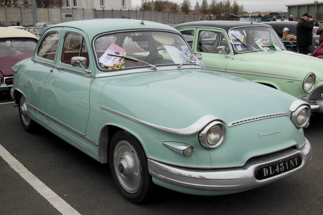 PANHARD PL 17 L4 verte - 1962