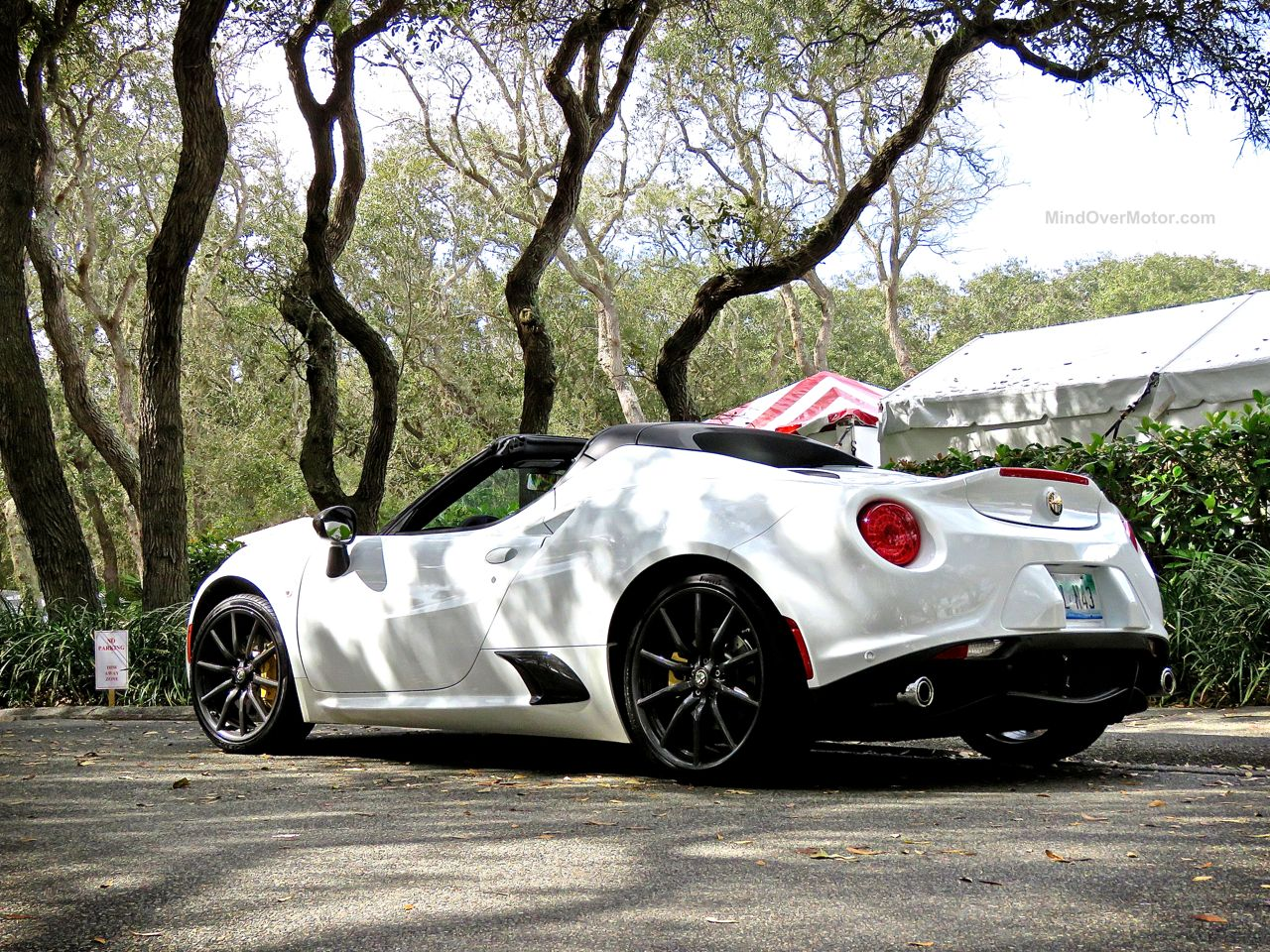 Alfa Romeo 4C Spider Review 3