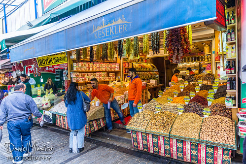 Spices - Istanbul by Daniel Mihai