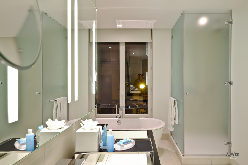 Shower room and vanity
