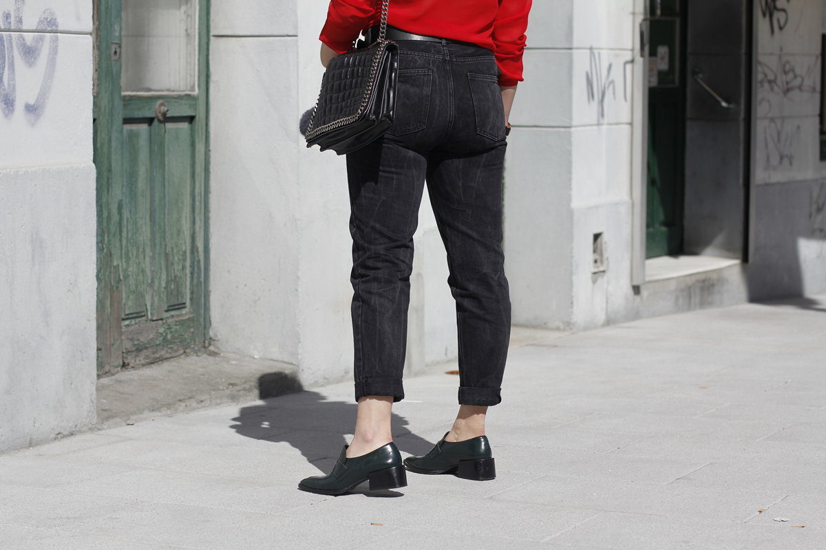 red blouse with mom jeans and pointed loafers streetstyle myblueberrynighsblog