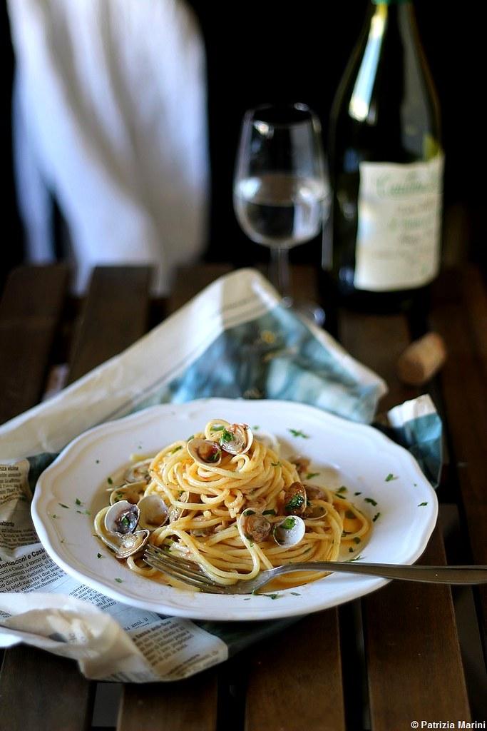 Spaghettoni con lupini di mare