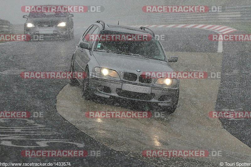 [Viper01] Saxo piste + BMW 330D touring - Page 12 26587571971_93113c87a8_c