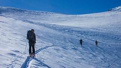 Podejście na przełęcz Schalfjoch 3375m lodowcem Kleinleitenferner.