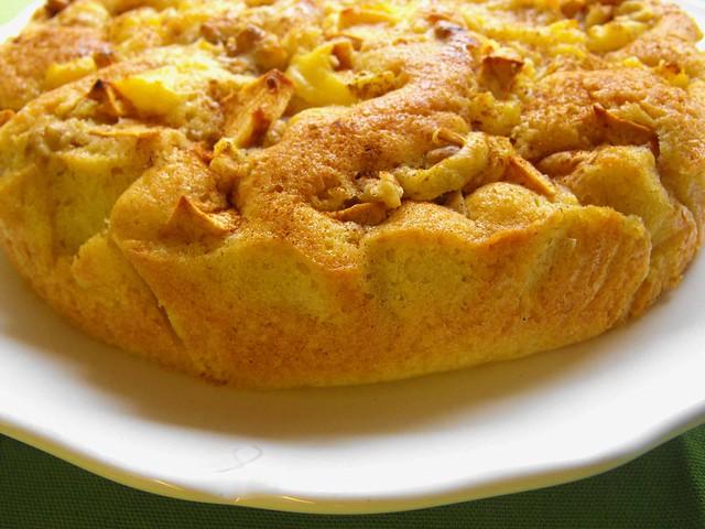 Bolo de maçã com creme de pasteleiro