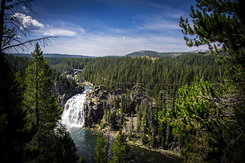 Upper Falls view from Uncle Tom's Point - Yellowstone National Park - Wyoming