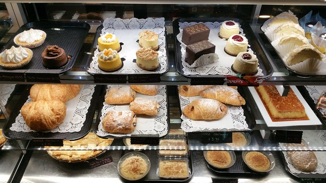 2016-Jan-20 Silvestre - desserts 1