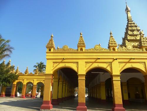 M16-Hsipaw-Temple Mahamyatmuni (10)