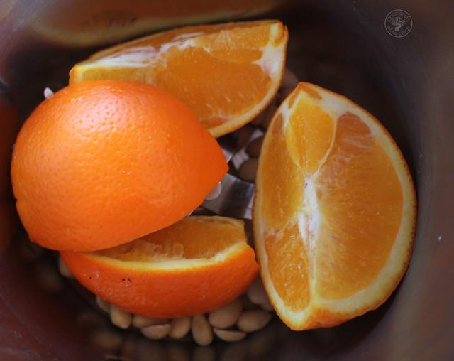 Bizcocho de naranja, almendras y aove www.cocicinandoentreolivos.com (5)
