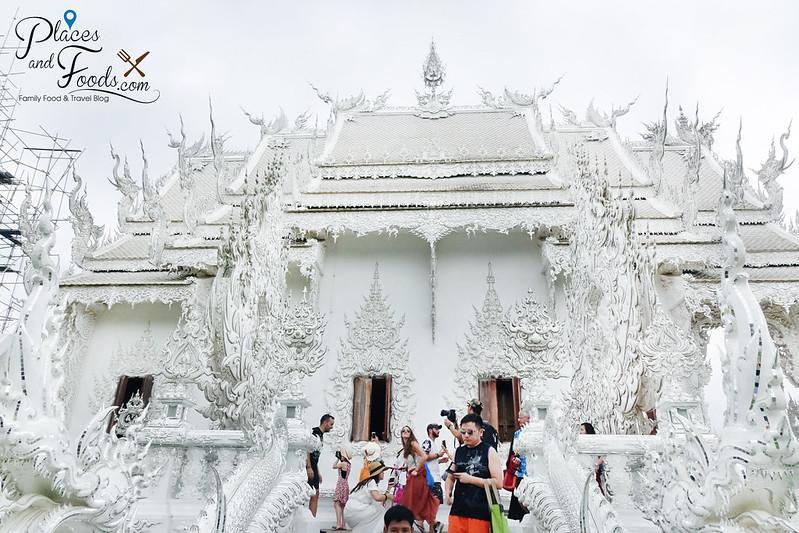chiang rai white temple side view