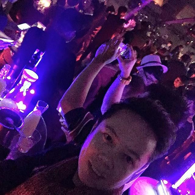#Party #partyanimal #follow #follow4follow #instafollow #instaparty #liveyourlife #china #happykiddo #happy #picoftheday #holiday #backpacking #nightlife #nightout #follow