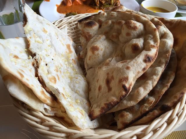 Garlic Naan / Roti