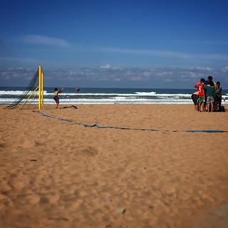 Locaux 23 Beach 2452 Metre uzunluğunda plaj görüntü. square squareformat iphoneography instagramapp uploaded:by=instagram foursquare:venue=4dcad9abc65bccd8673959a0
