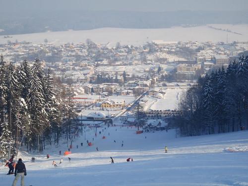 Lyžujte 3 hodiny v lyžařském areálu PEKLÁK u České Třebové s 40% slevou