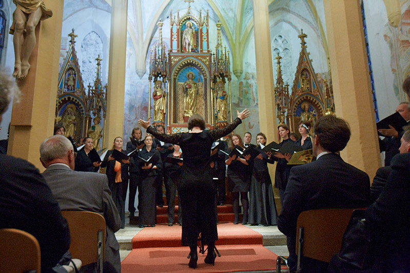 Otvoritev festivala - Komorni zbor Ave