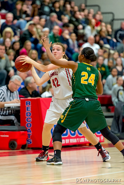 Cromwell vs. Holy Cross - CIAC Class M Girls Basketball State Semi-Finals
