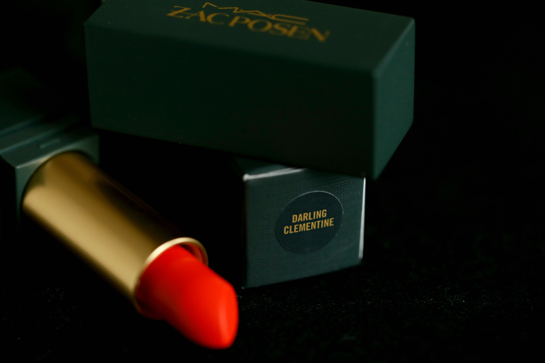 MAC Zac Posen Darling Clementine lipstick, mac zac posen, mac zac posen darling clementine, mac zac posen lipstick swatches, mac zac posen review, beautyblog, mac cosmetics, fashion blogger, fashion is a party, oranje lipstick, mac matte lipstick, mac x zac posen