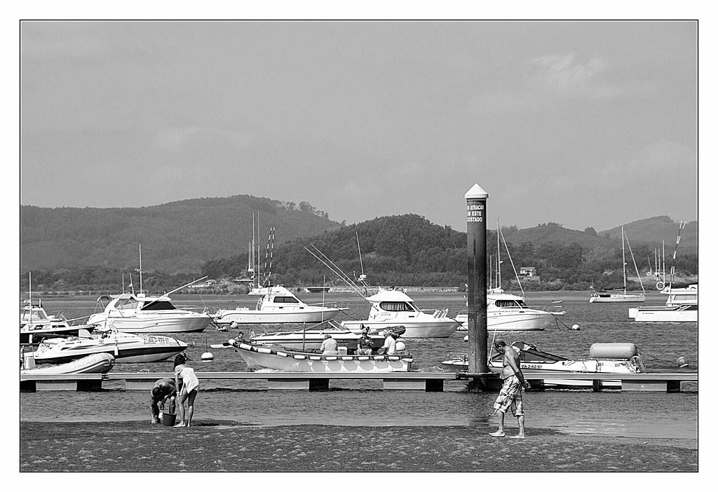 Playa de laredo cantabria spain tripcarta - Apartamentos la marina laredo ...
