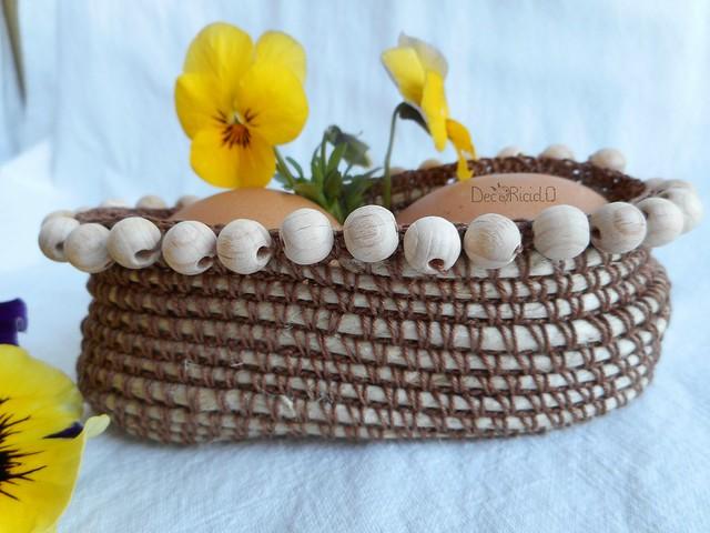 cestino ovale porta-uova con perle legno 3