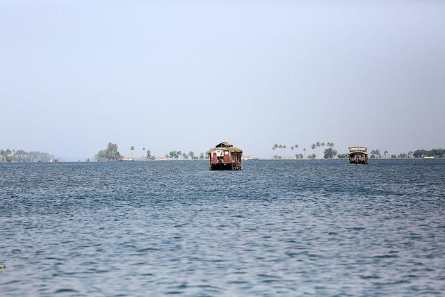 1604India-Boating9