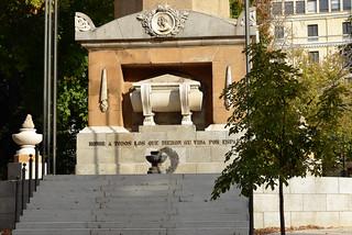 Изображение Monumento a los Caídos por España. madrid spain harveybarrison hbarrison