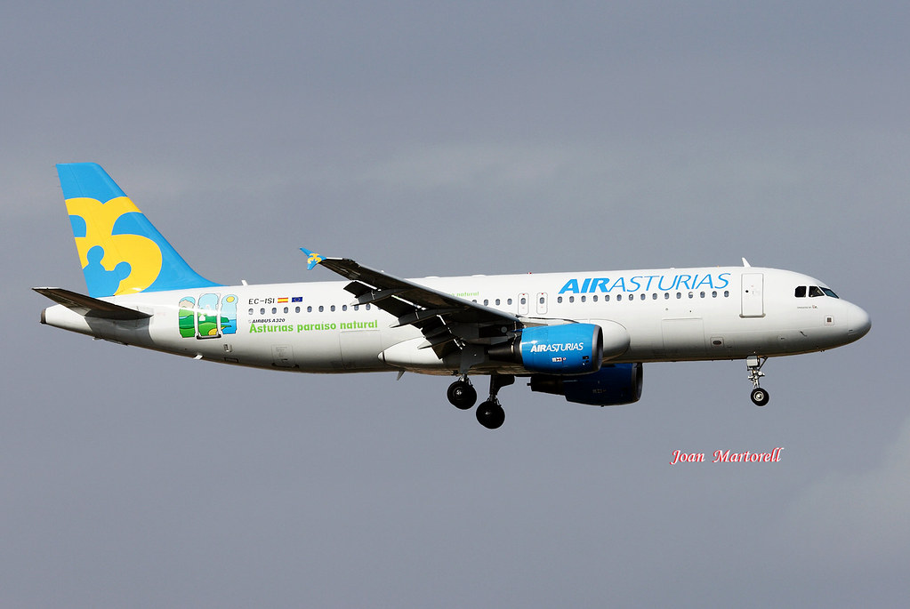 Air Asturias EC-ISI Airbus A320-214 PMI 01-2007