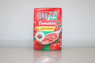 16 - Zutat passierte Tomaten / Ingredient sieved tomatoes