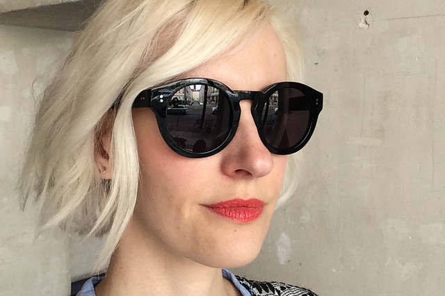 kate wirth platinum hair with ace & tate sunnies