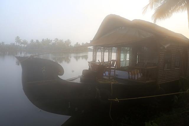 1604India-Boat5