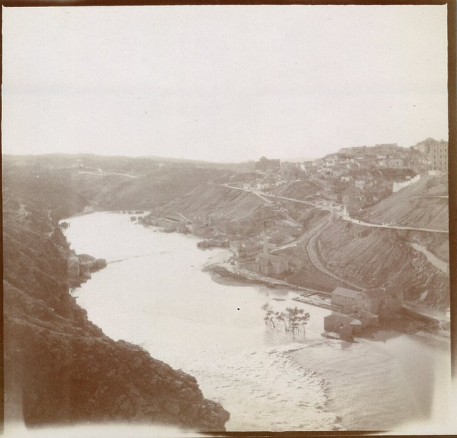 Río Tajo en Toledo en 1906. Anónimo francés.