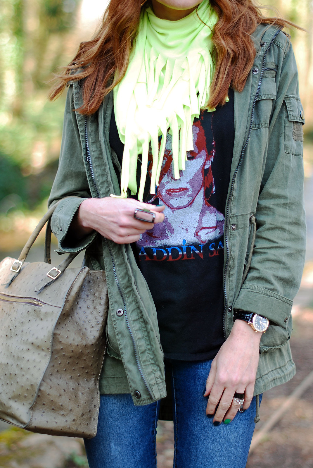 4 Ways to Wear a David Bowie t-shirt | With neon yellow and khaki