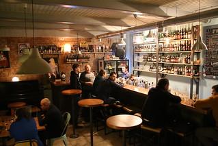Alyaska Craft Beer Bar