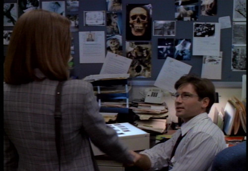 The X-Files - S01 - Pilot - 3