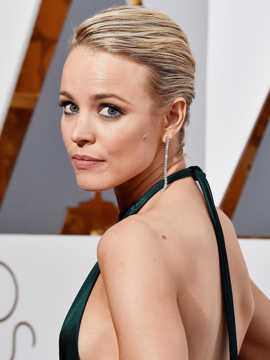 Oscars 2016 Rachel McAdams Hair and Makeup