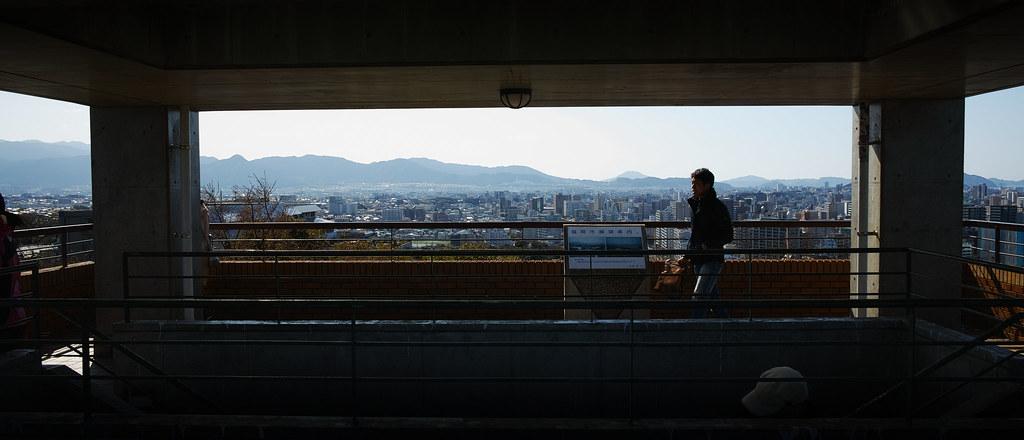 福岡市植物園の駐車場にある展望台にて1