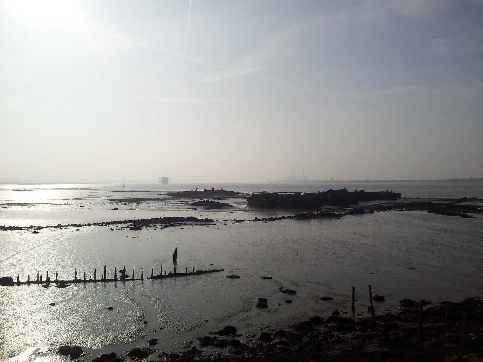 Walk 209 Higham to Gravesend -Thames estuary near Cliffe Fort