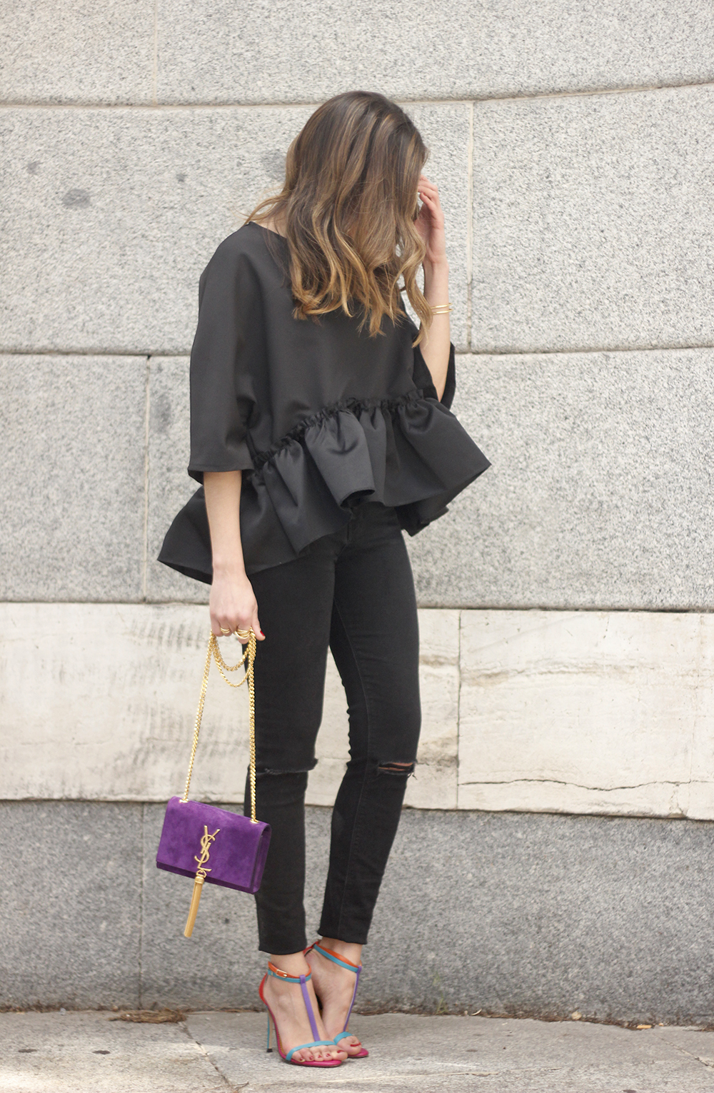 black top with a ruffle Carolina Herrera Sandals YSL bag accessories outfit style03