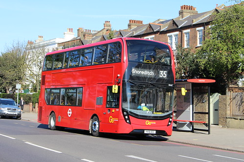 London Central EH47 on Route 35, Clapham Common