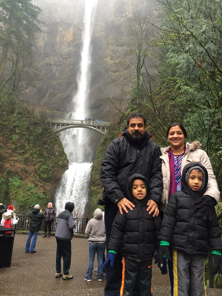 multnomah falls in portland, Oregon