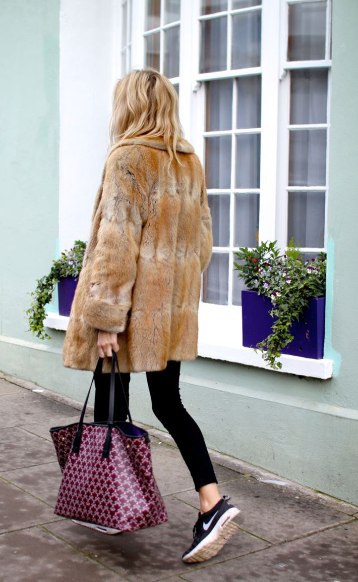 Faux Fur Coats Outfits style inspiration streetstyle10