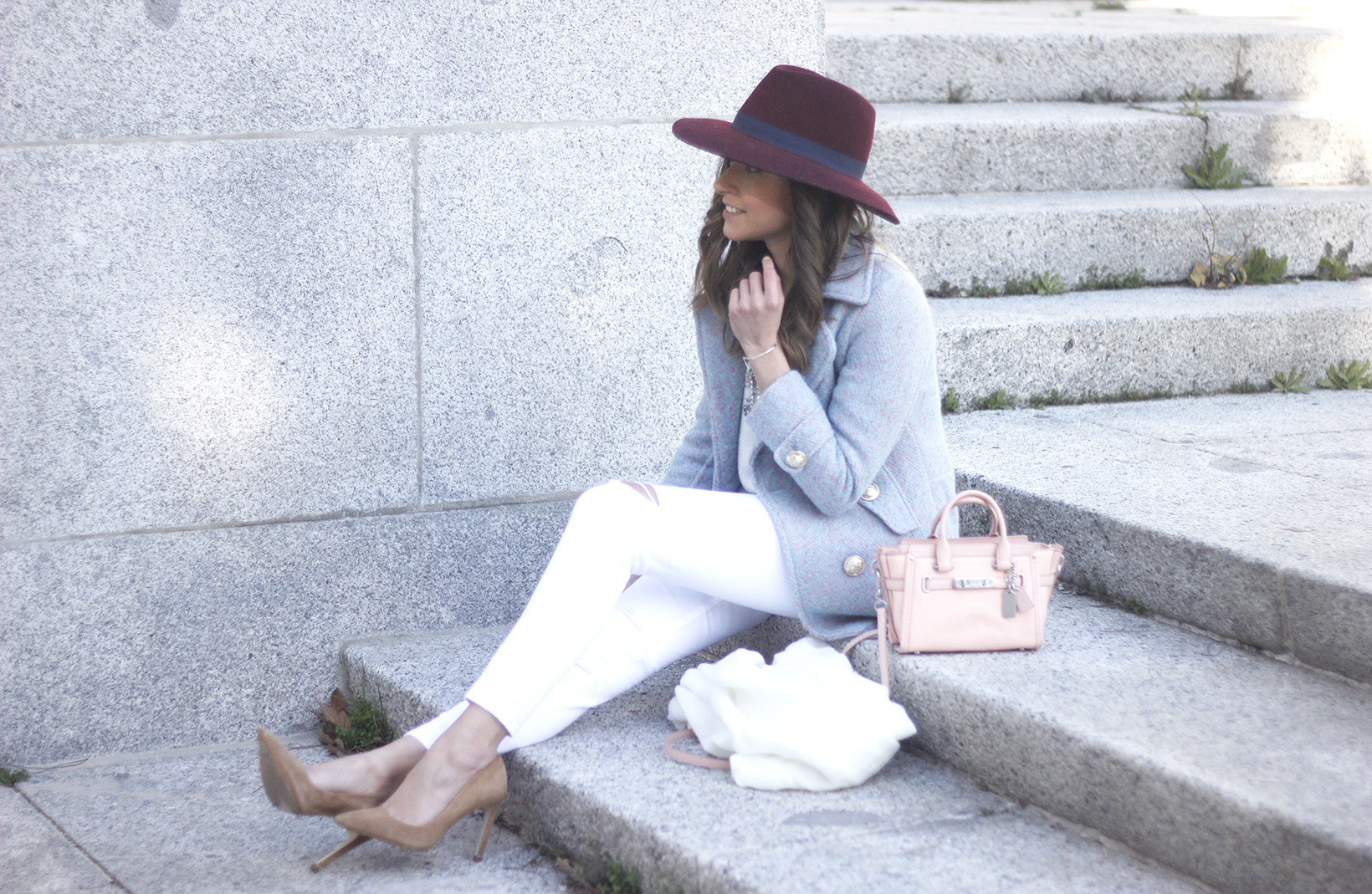 Blue Coat White outfit burgundy hat pink bag coach accessories style02
