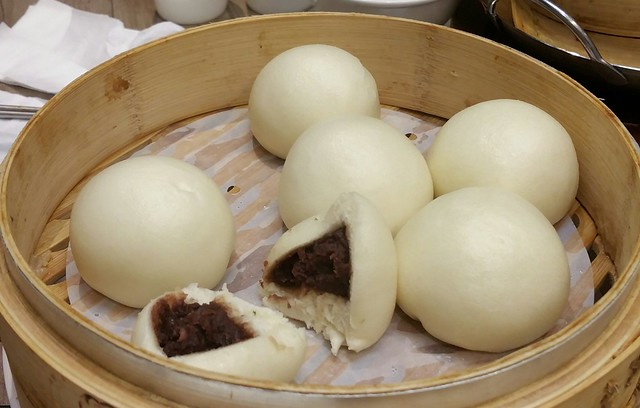 2016-Feb-7 Dinesty (Metrotown) - Steamed Red Bean Paste Buns